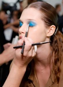 monique-lhullier-blue-eyeshadow