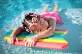 girl-swim